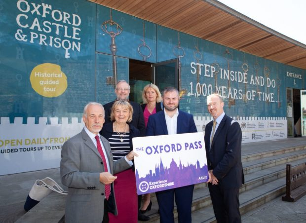 Andrew Stephenson MP with Oxfordshire leaders marking the Tourism Sector Deal